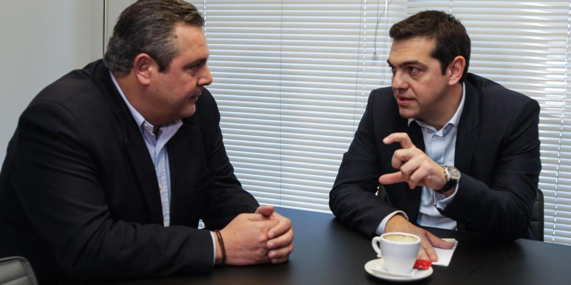 o-tsipras-kammenos1435823100