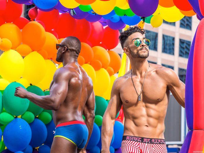 Βγαίνω με ένα Ρώσο γκέι τύπο