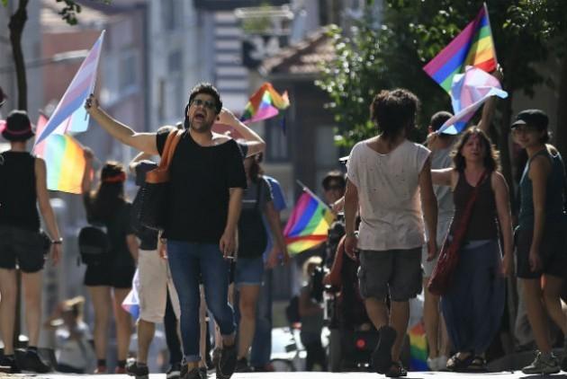 Επιτηρητής γκέι πορνό