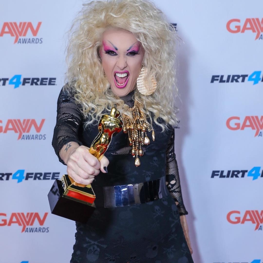 τεράστιο καβλί δωρεάν γκέι πορνό η Αντζελίνα Βαλεντίνος squirt