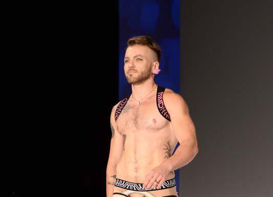 11ee9b2680b9 Ο Marco Marco γράφει ιστορία με τα τρανς μοντέλα του στην NYFW