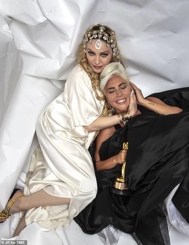 Lady Gaga - Σελίδα 40 10263010-6743131-image-a-4_1551106629830