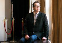 """Ο Russell T. Davies, δημιουργός του """"Queer as Folk"""" αποκάλυψε ότι ολοκλήρωσε και τα πέντε μέρη του σεναρίου της σειράς """"Boys"""""""