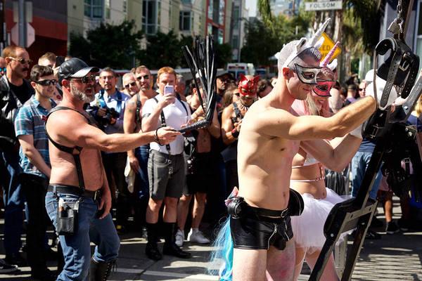 NSFW: Εικόνες από το kinky Folsom Street Fair 2019 του Σαν Φρανσίσκο