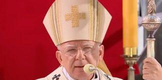 """Αρχιεπίσκοπος Πολωνίας: """"Το ΛΟΑΤ κίνημα είναι ριζοσπαστική απόρριψη του Θεού"""""""