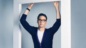 """Ο Τζιμ Πάρσονς του """"The Big Bang Theory"""" δημιουργεί σειρά ντοκιμαντέρ για την ΛΟΑΤΚ+ ιστορία"""