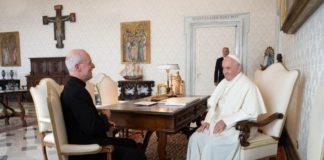 Συνάντηση ιερέα που στηρίζει την ΛΟΑΤΚΙ+ κοινότητα με τον Πάπα, (James Martin Twitter)