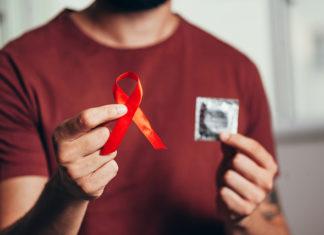 Παγκόσμια Ημέρα κατά του AIDS: Προβλήματα πρόσβασης και στίγματος