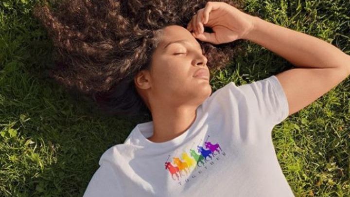 Ουδέτερη ως προς το φύλο Polo Pride συλλογή της Ralph Lauren